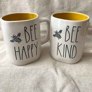 🐝 Rae Dunn mugs 🐝